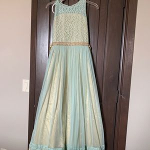 Gown for a girl